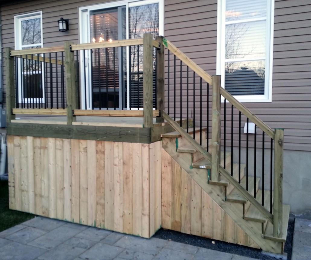 avoir une balustrade pour sa terrasse bois