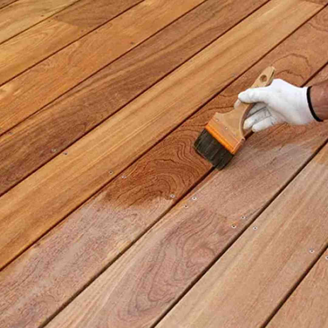 Quel produit pour nettoyer terrasse en bois ?