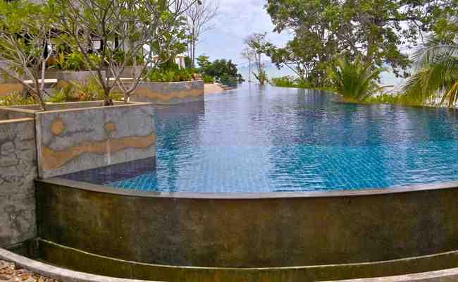 Quelle profondeur creuser pour une piscine Semi-enterrée ?