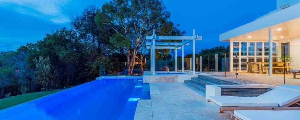 Quel est le meilleur revêtement pour une piscine ?